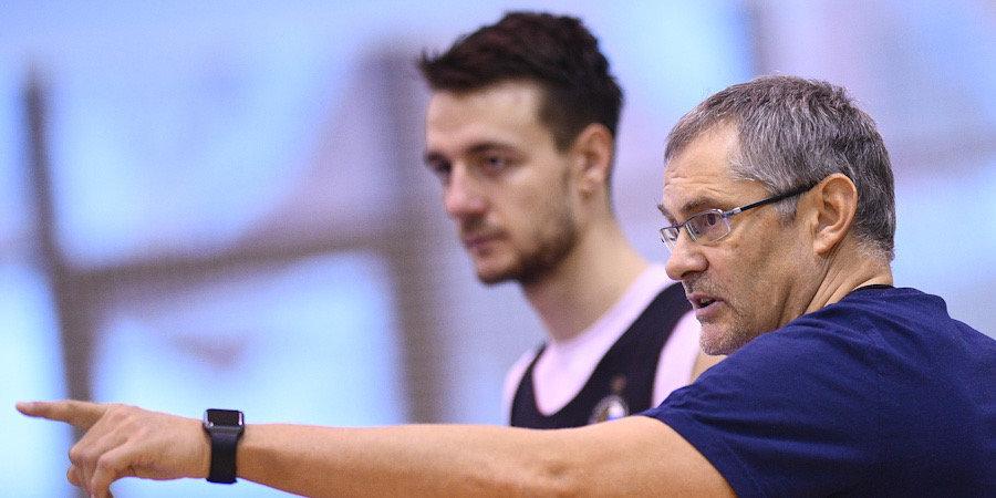 Сергей Базаревич: «Те, кто горит желанием выступать за сборную, — сейчас с нами»