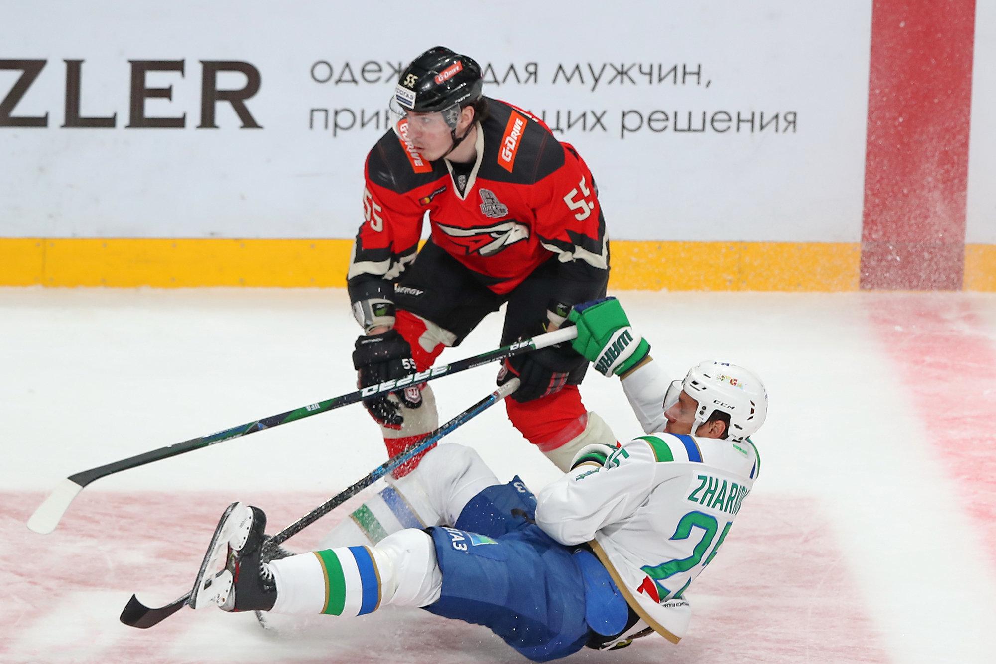 КХЛ зарегистрировала переход Мартынова из «Авангарда» в «Металлург»