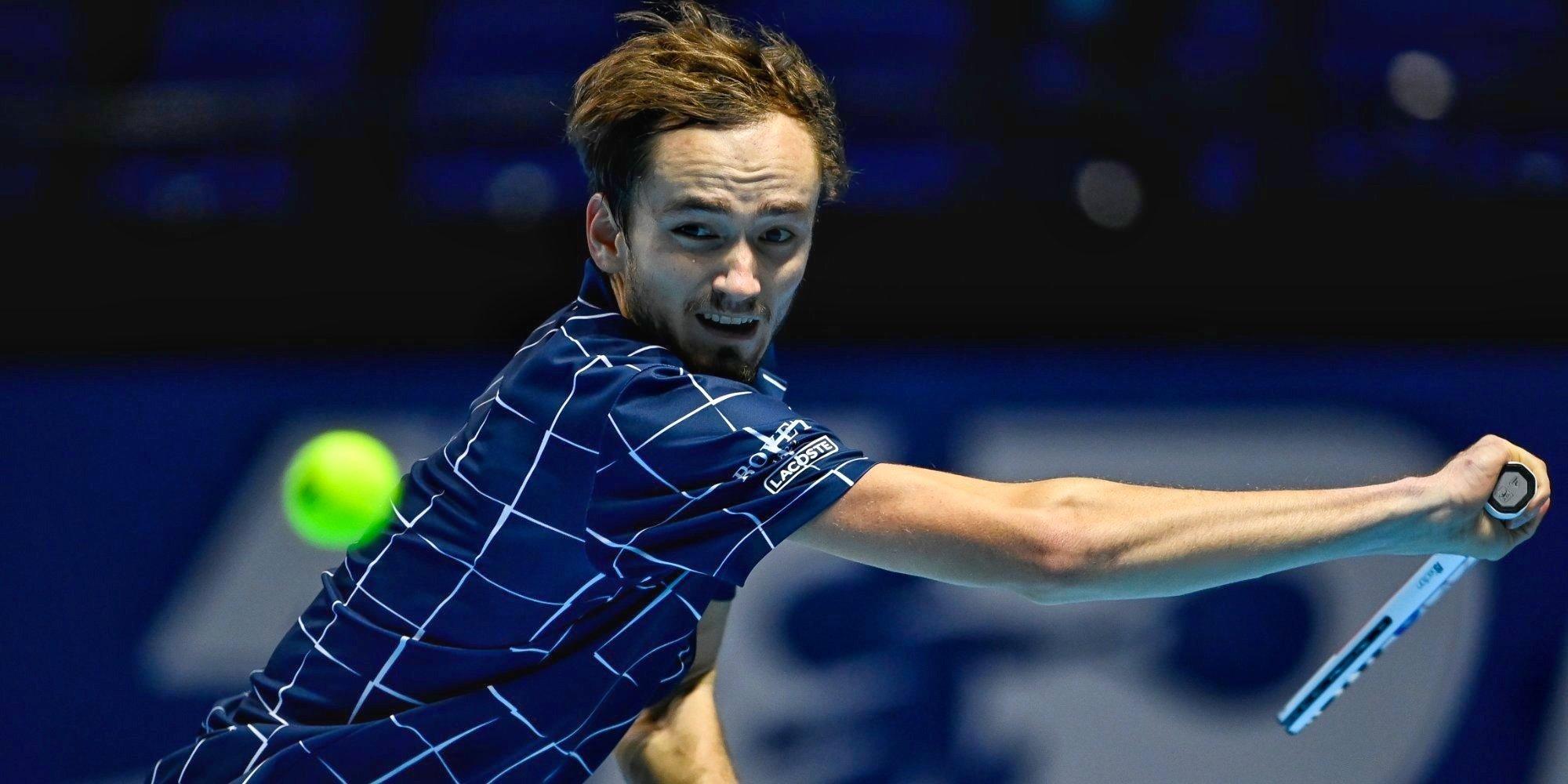 Тарпищев назвал причину поражения Медведева и Карацева в парном разряде на Олимпиаде