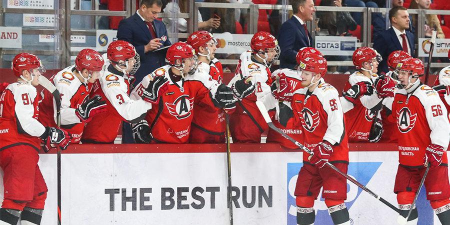 «Автомобилист» одержал шестую победу подряд в «регулярке» КХЛ