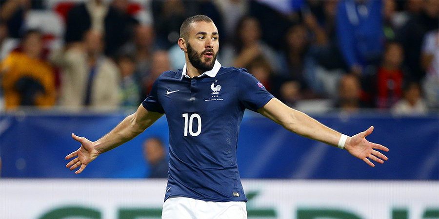 Бензема не смог реализовать пенальти в первом матче за сборную Франции с 2015 года