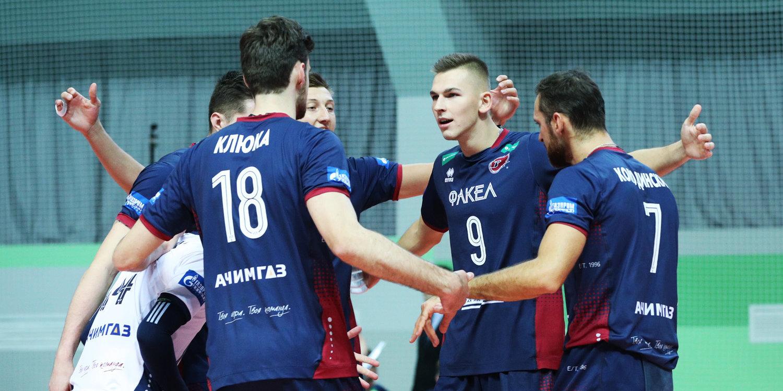 «Факел» дома уверенно переиграл «Кузбасс» и возглавил группу в Лиге чемпионов