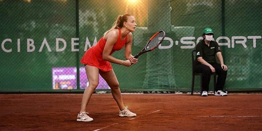 Российскую теннисистку подозревают в участии в договорном матче на «Ролан Гаррос»