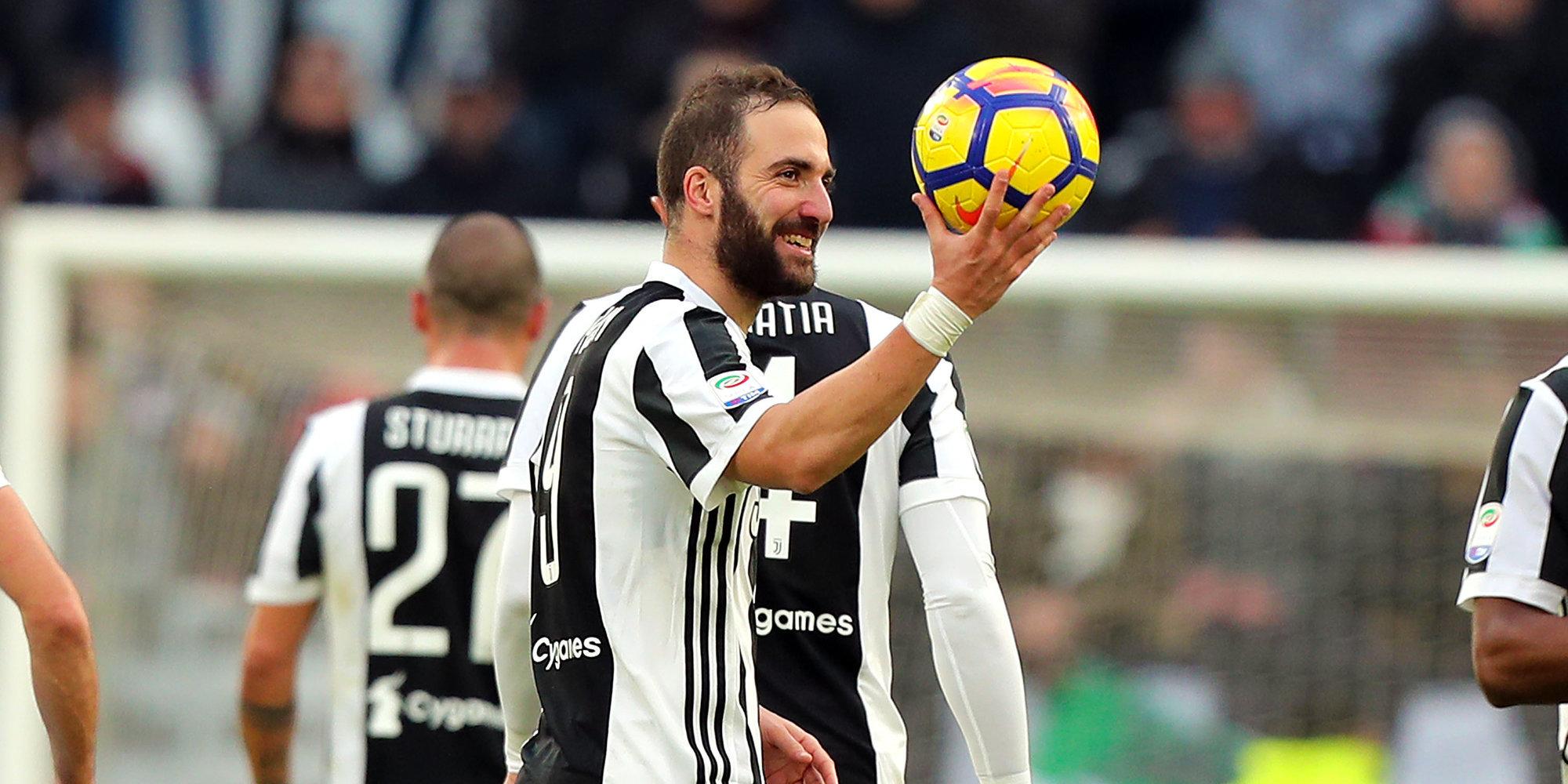 «Милан» и«Ювентус» договорились обобмене Бонуччи иКальдары