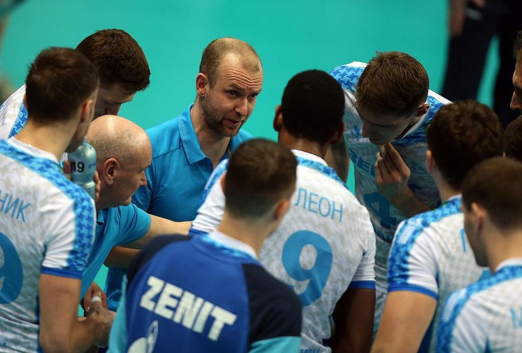 Волейболисты «Динамо Краснодар» вдомашнем матче уступил казанскому «Зениту»