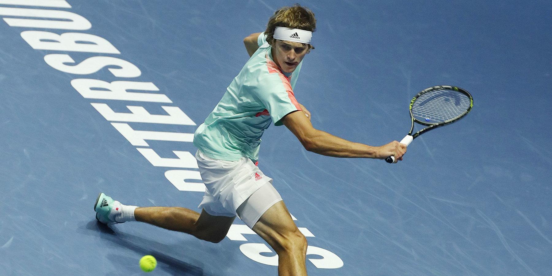 Зверев одержал первую победу на Итоговом турнире ATP, обыграв Шварцмана