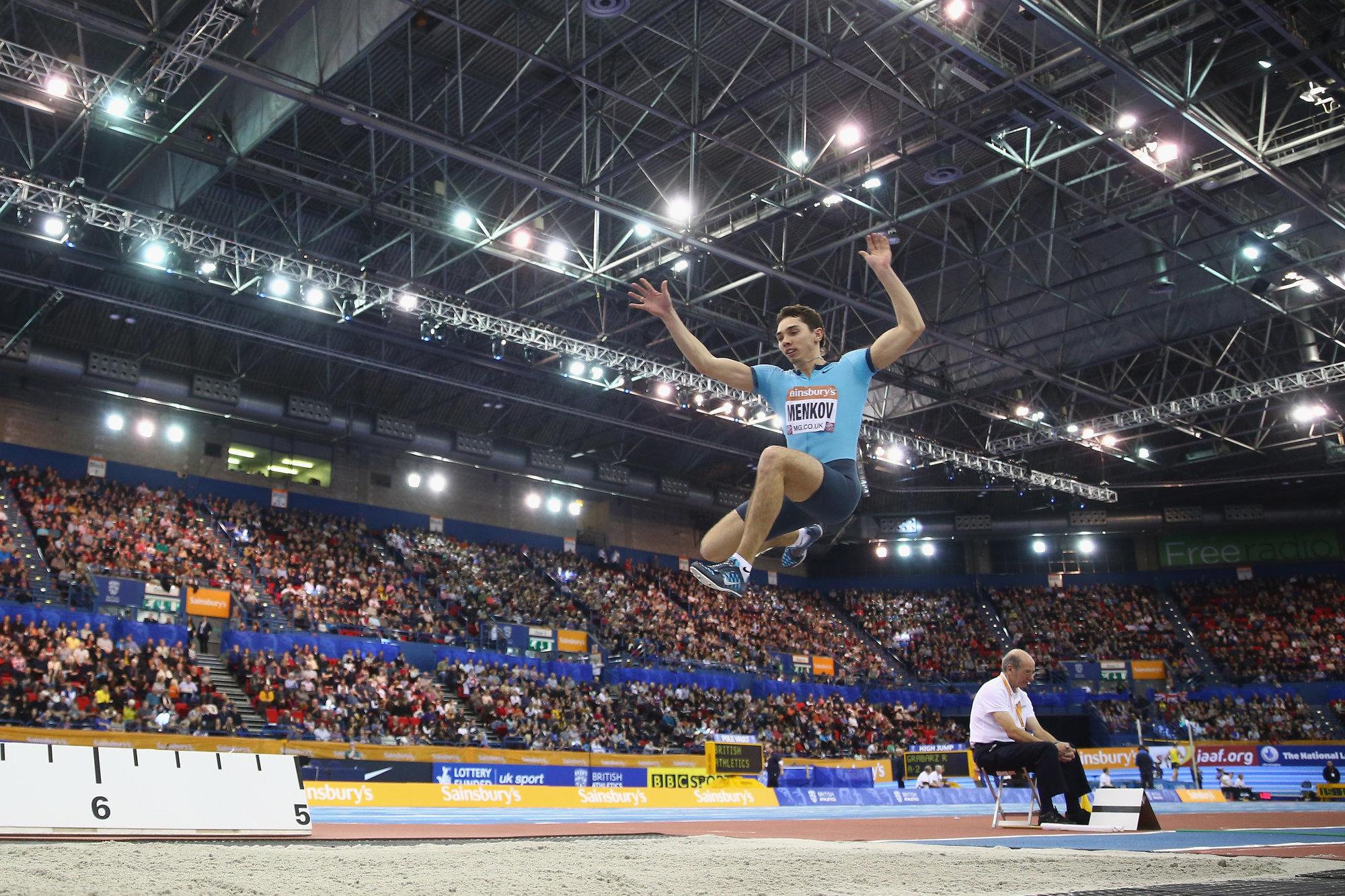 Житель россии Александр Меньков занял 4-ое место наЧМ полегкой атлетике