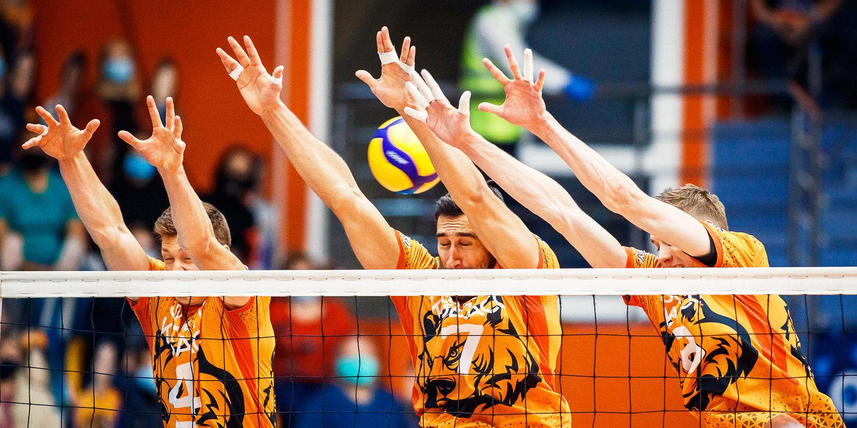 «Кузбасс» обыграл АСК и поднялся на второе место в Суперлиге