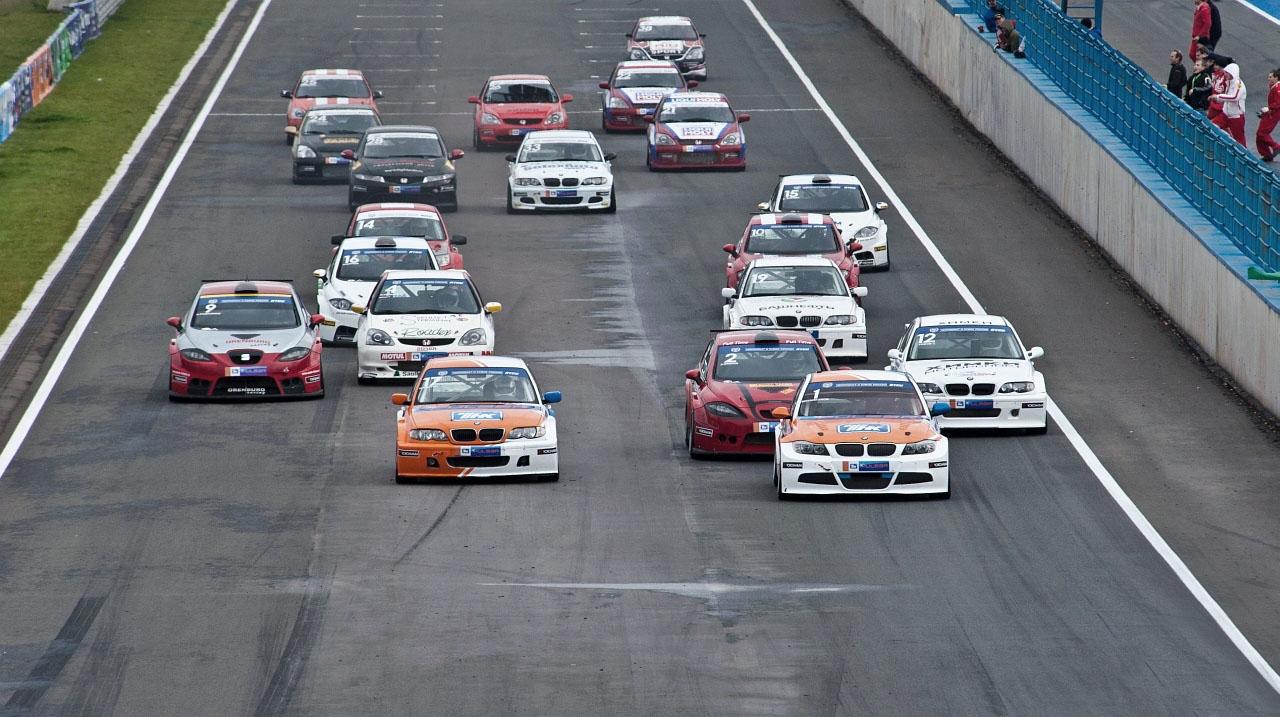 блошка фото гонки русские авто блондинки ласкают пенис