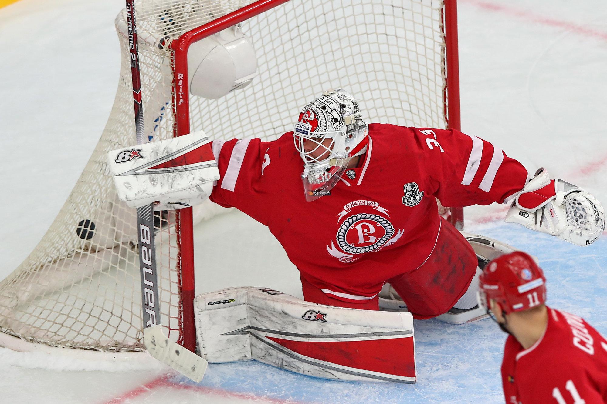 Болельщики признали Ежова лучшим игроком дня в КХЛ