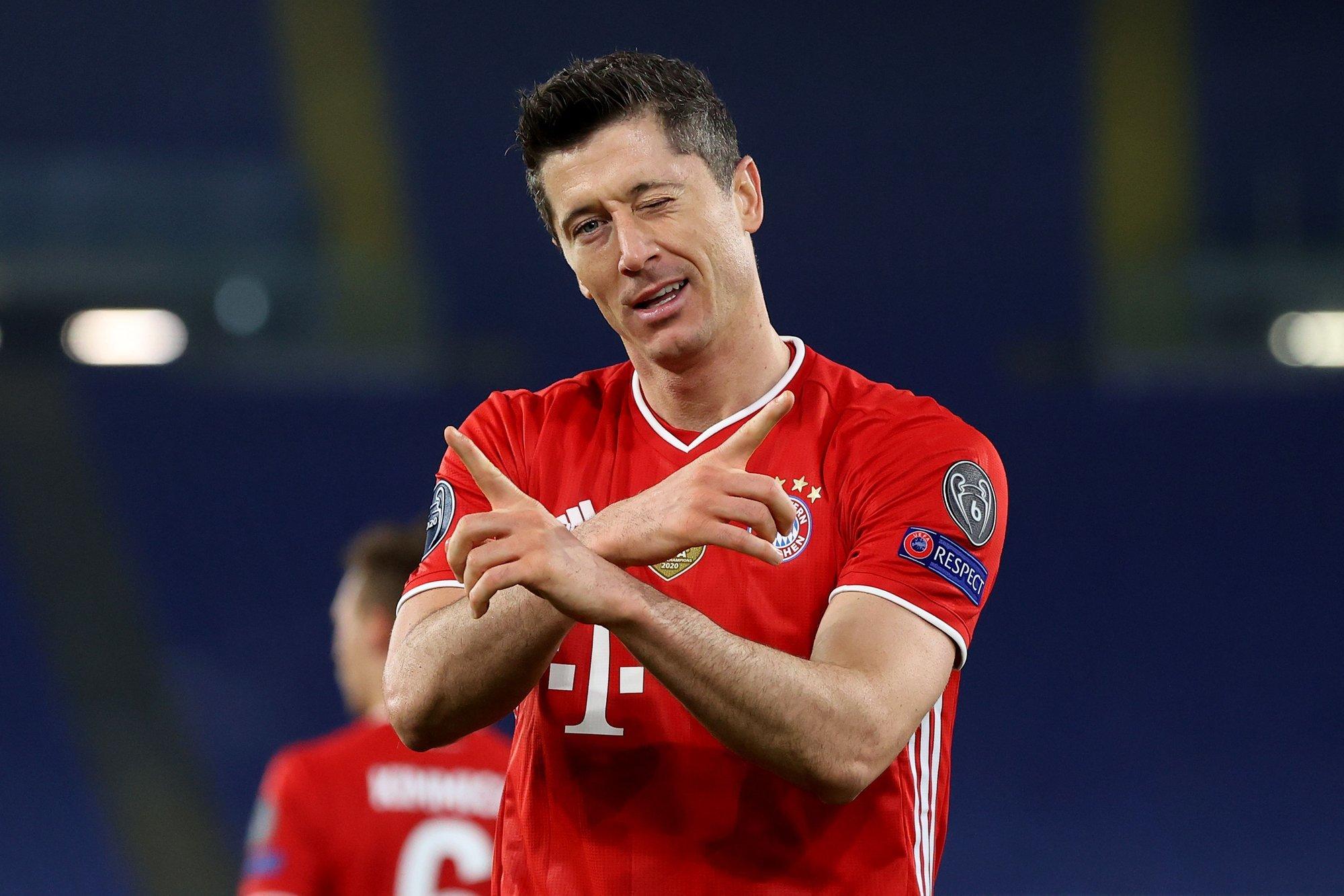 СМИ: Левандовским заинтересовались несколько европейских топ-клубов. «Бавария» не хочет отпускать игрока