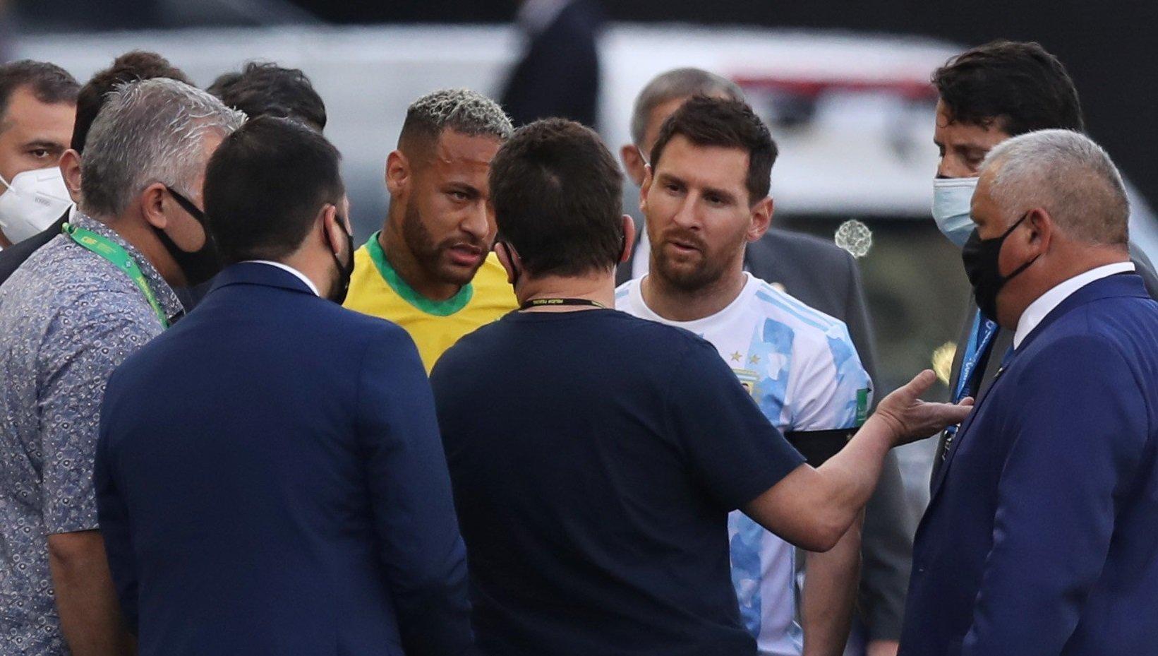 Напортачили! Срывом матча в Сан-Паулу недовольны и в Аргентине, и в Бразилии