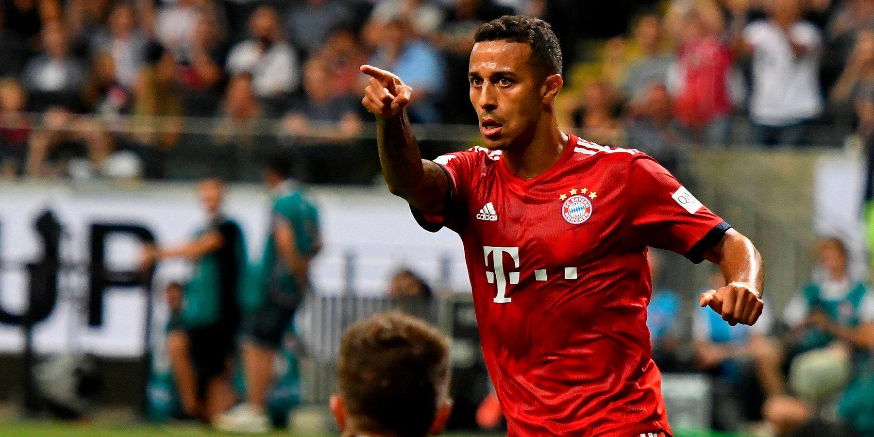 Sportmediaset: «Бавария» может обменять Алькантару на Дугласа Косту