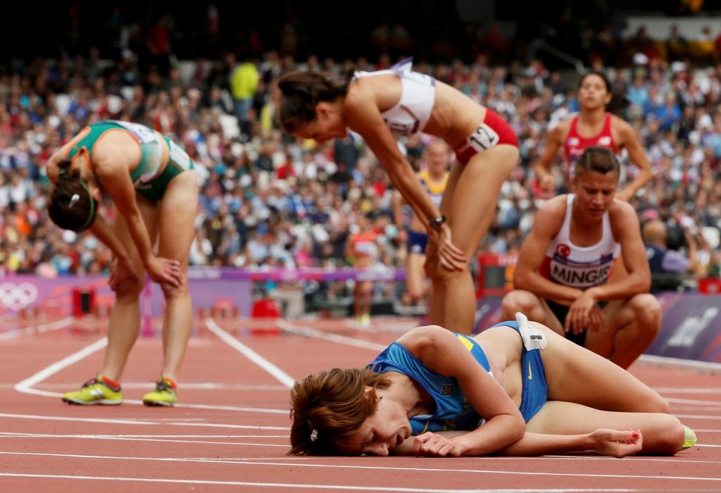 джулия сделала фото ртзды спортсменок на соревнованиии главное, покрышек