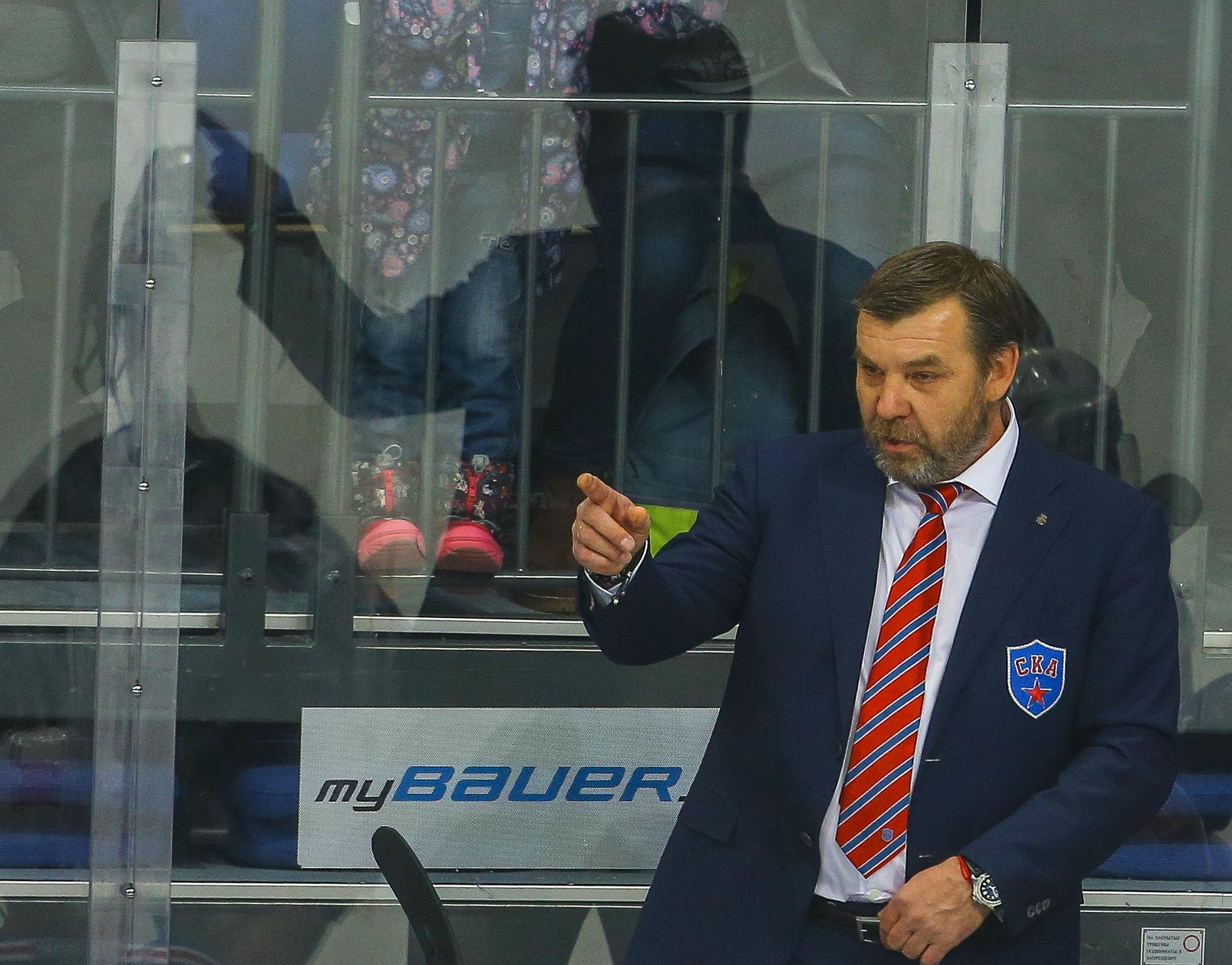 После матча СКА— «Динамо» (Москва) Знарок непожал руку Скопинцеву