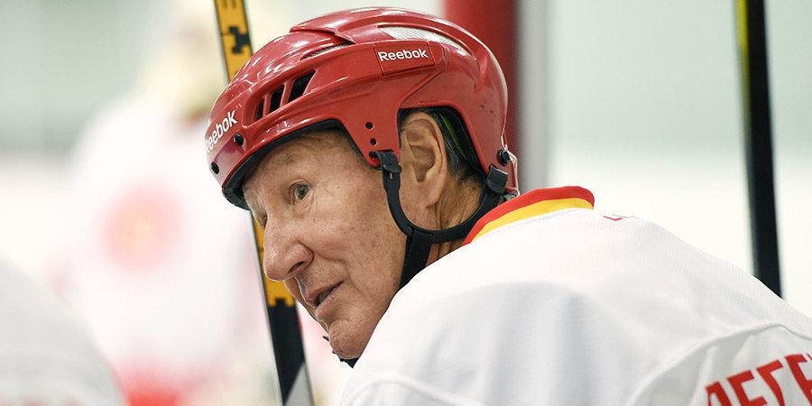 Александр Мартынюк: «Ковальчуку пора заканчивать с хоккеем. В «Авангарде» он играл на чистых шайбах»