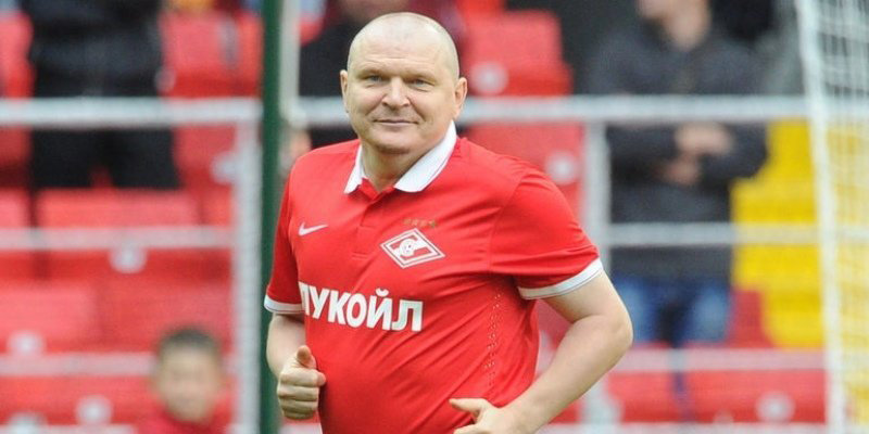 Олег Шишкин: «Перед матчами Горлукович говорил: «Если побеждаете — я вам ставлю пиво»