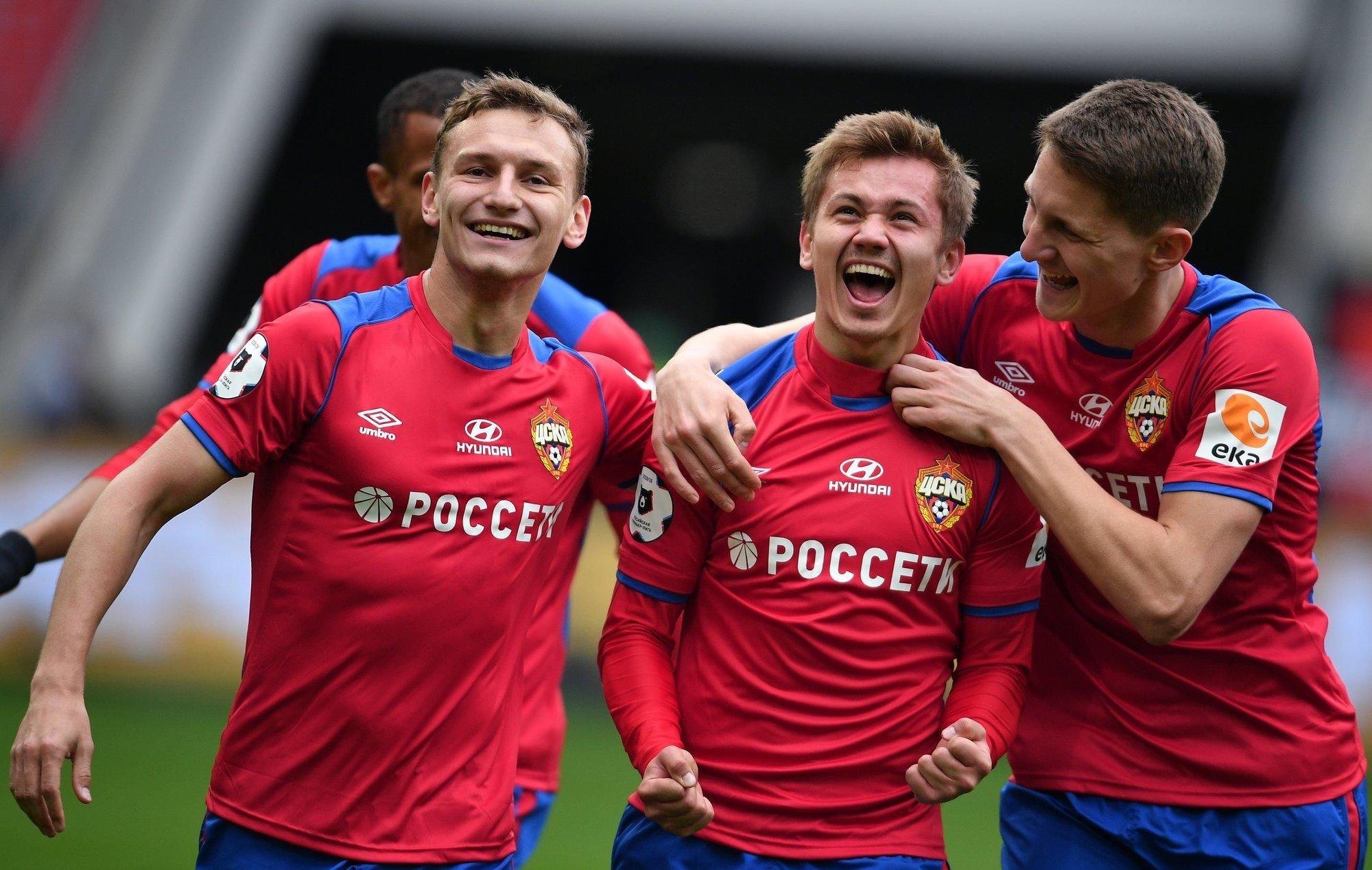 Дальний выстрел Ивана Облякова стал лучшим голом осени!