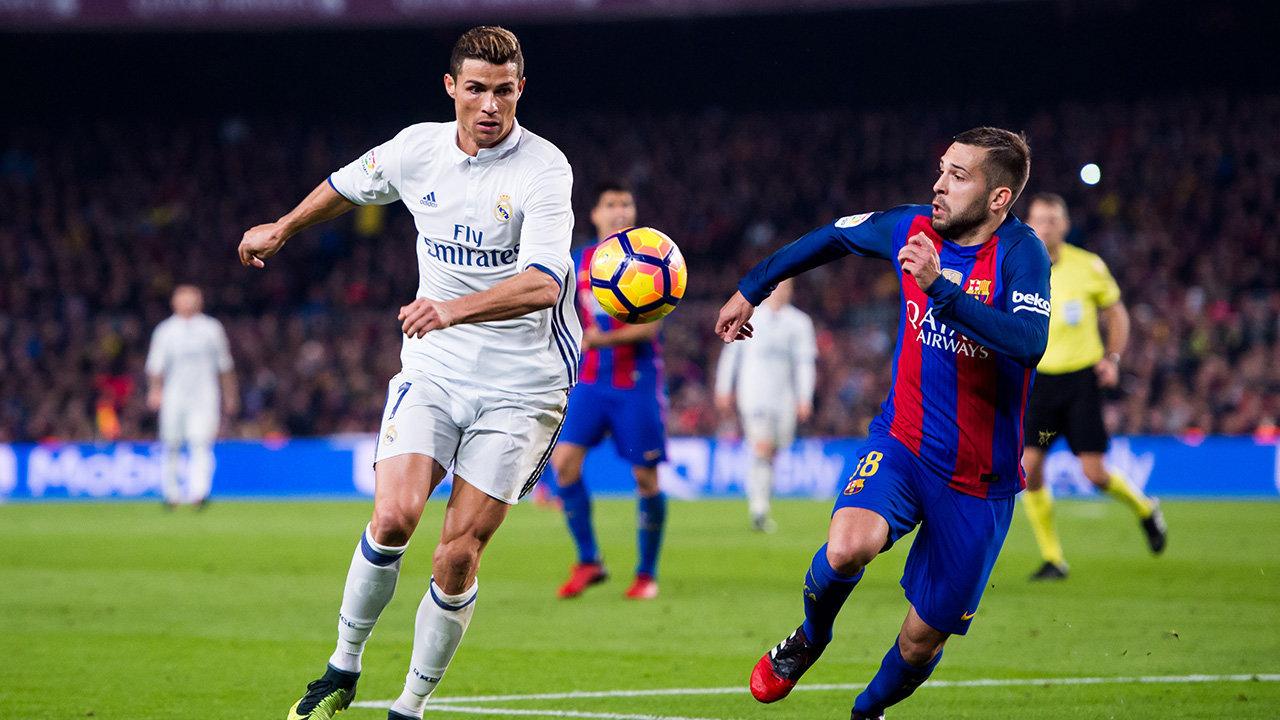 Фотографии с футбольных матчей чемпионата испании