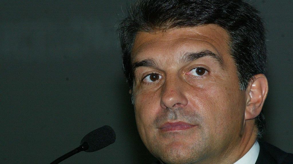 Лапорта готов участвовать в выборах президента «Барселоны», при нем Месси дебютировал в основе