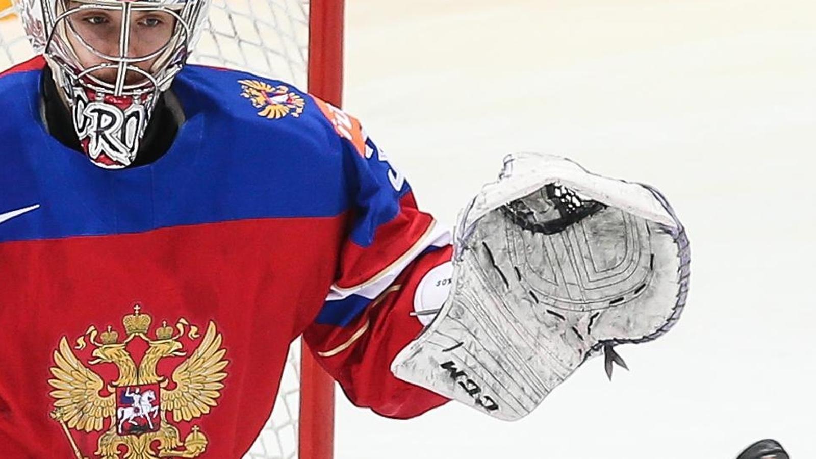 Олимпийская сборная Российской Федерации похоккею проиграла швейцарцам вовтором матче Евровызова