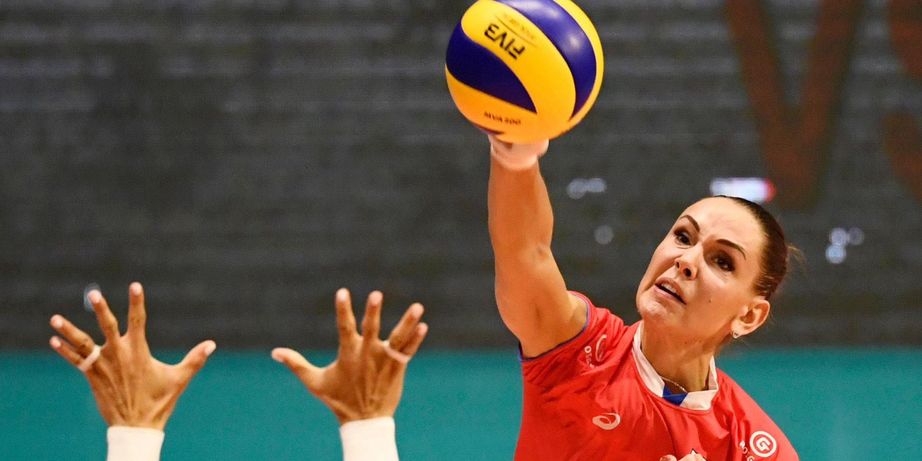Волейболистки Старцева и Гончарова попали в расширенный состав сборной России на олимпийский отборочный турнир