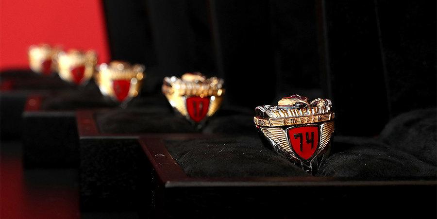 Хоккеисты «Авангарда» получили чемпионские перстни КХЛ