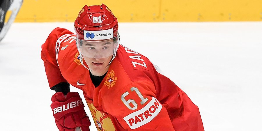 Российские хоккеисты провели первую ледовую тренировку на арене ЧМ