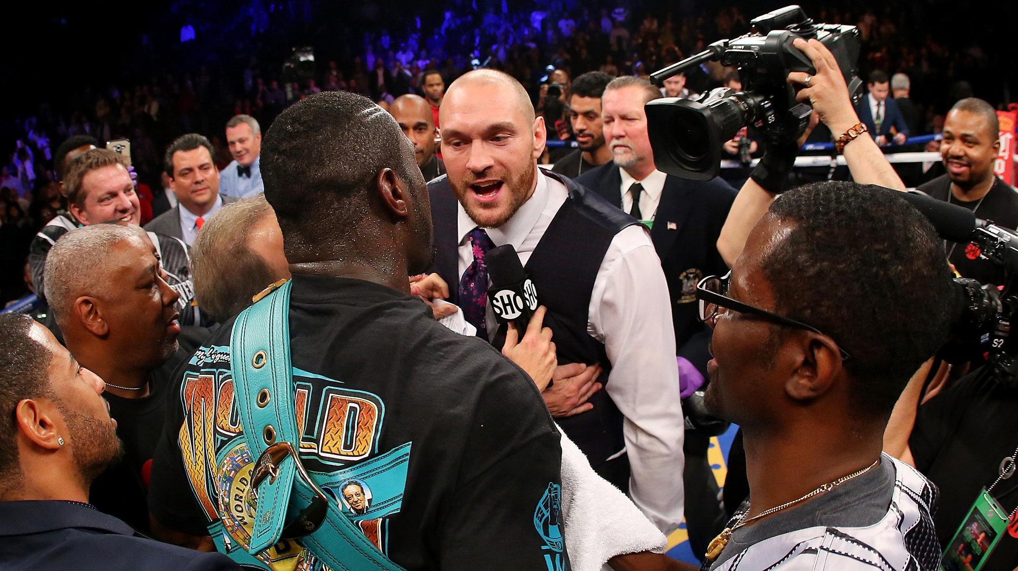 Официально: Тайсон Фьюри отказался от титулов WBA, WBO и IBO