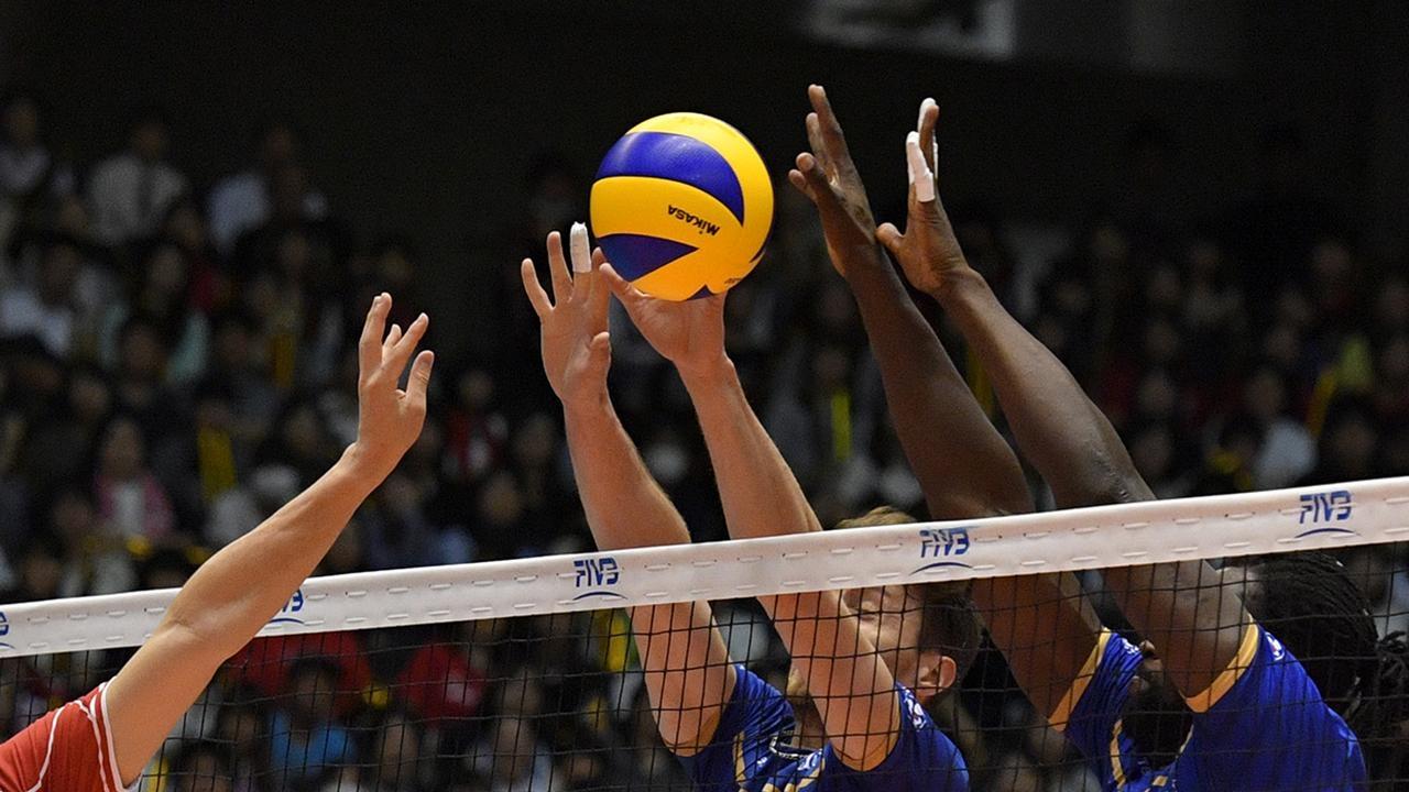 Сборную Ирана по волейболу задержали в аэропорту США