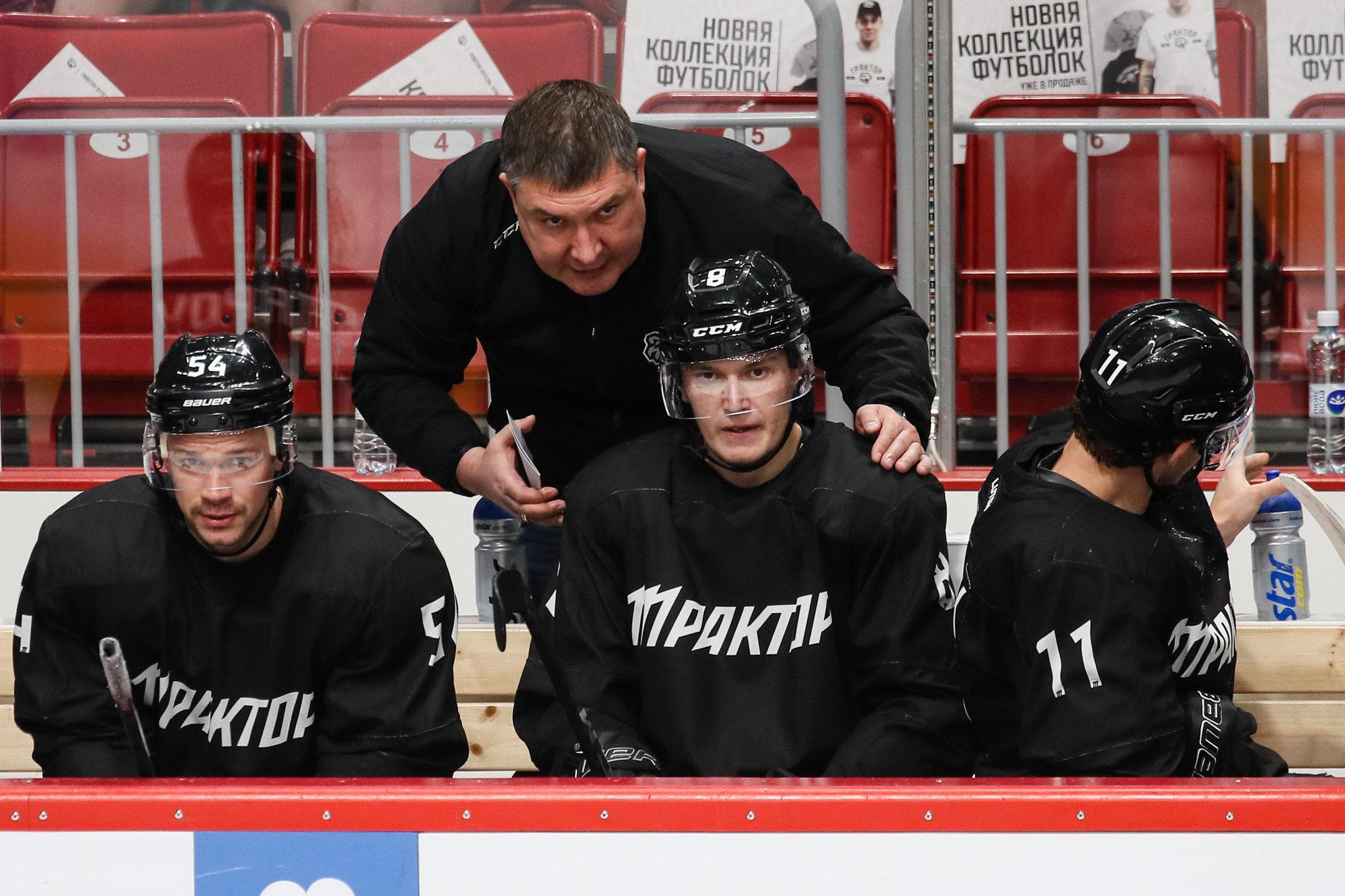 В «Тракторе» заявили, что КХЛ еще не утвердила «антиковидный» регламент