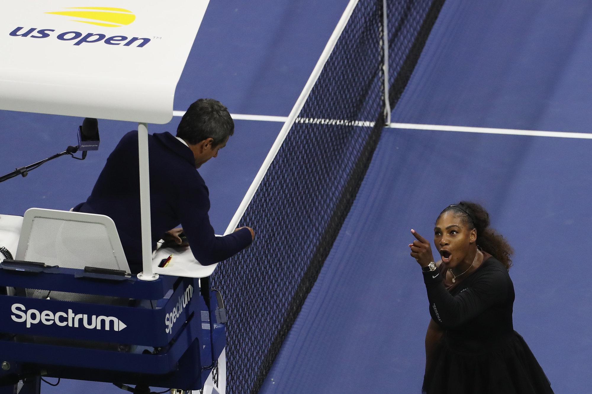 Роджер Федерер: «Серена Уильямс зашла слишком далеко в финале US Open»