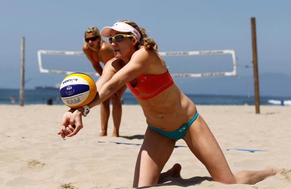 beach-volleyball-sand-bikini-porn-tube-games
