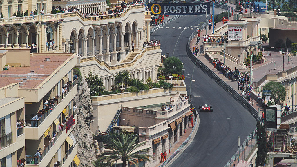 Германец Феттель одержал победу Гран-при Монако