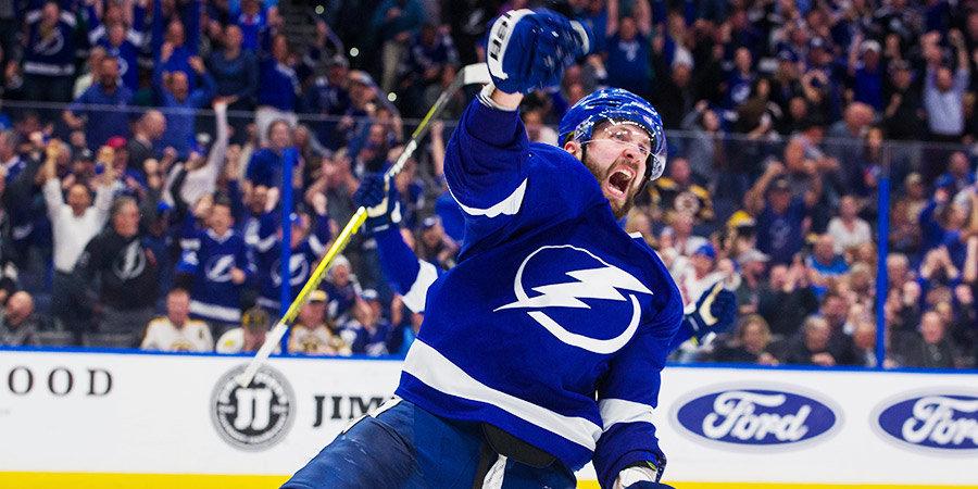 Кучеров признан второй звездой дня в НХЛ