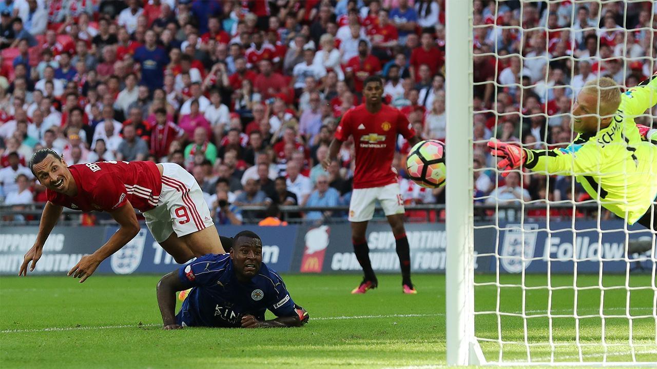 Арсенал — Ливерпуль, дебют Гвардиолы, Моуриньо, Конте и другие матчи первого тура АПЛ