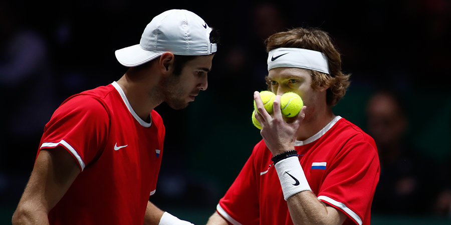 Хачанов и Рублев вылетели с турнира в Санкт-Петербурге в парном разряде