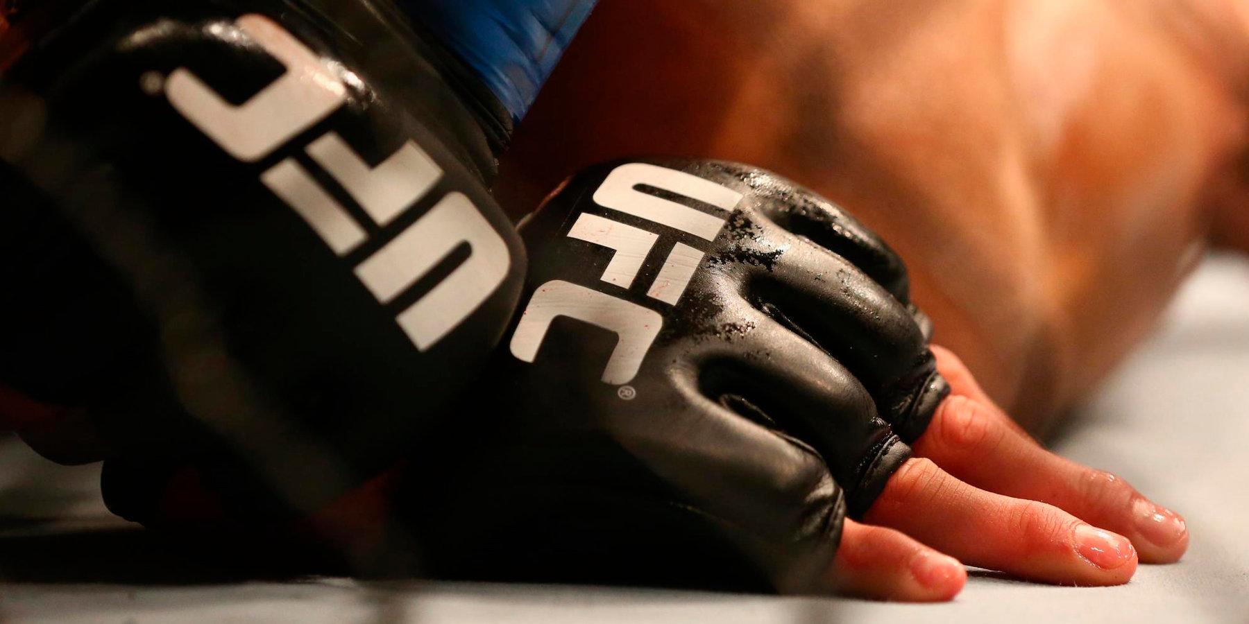 С российским бойцом UFC расторгли контракт из-за положительной допинг-пробы