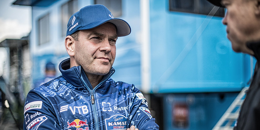 Каргинов выиграл 8-й этап «Дакара» и упрочил лидерство в зачете грузовиков