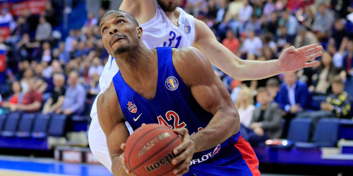 ЦСКА вырвал победу у «Зенита» и развил преимущество в серии