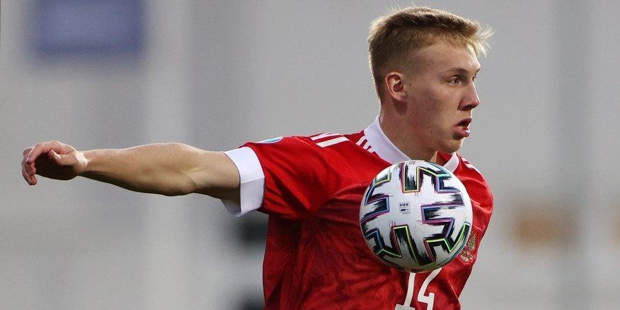 Маслов пропустил тренировку перед матчем с Францией