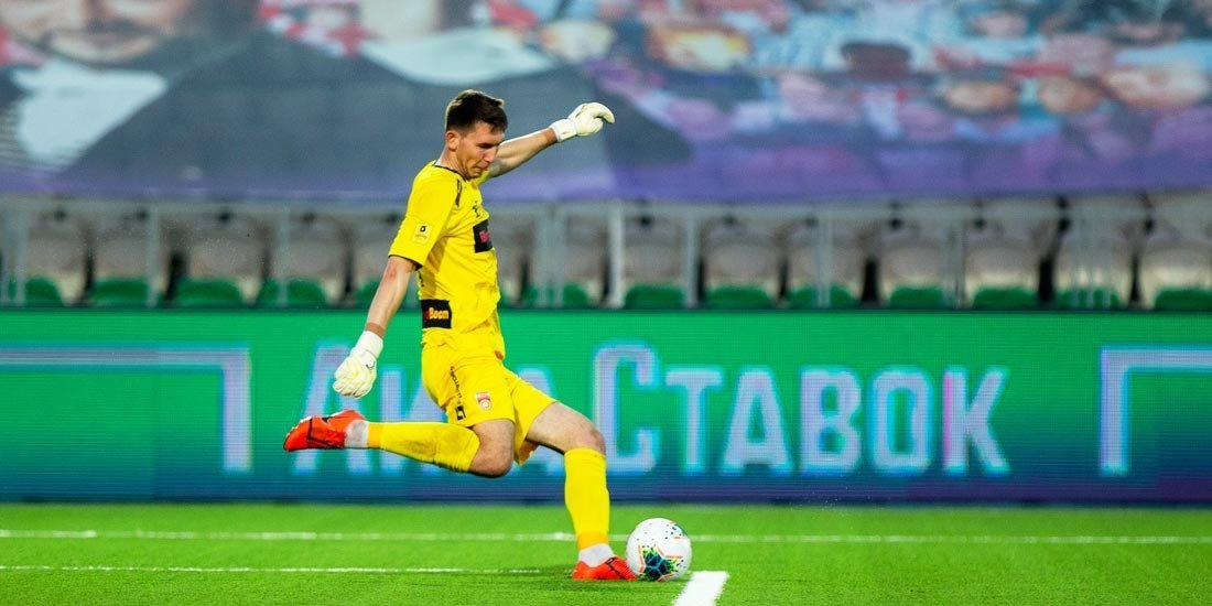 Вратарь Чернов перешел из «Уфы» в датский «Вайле»