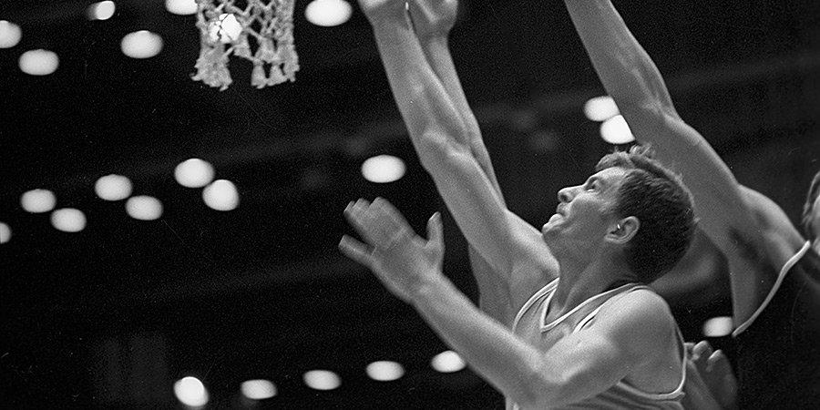 Чемпионы Олимпийских игр Волков и Паулаускас будут включены в Зал баскетбольной славы