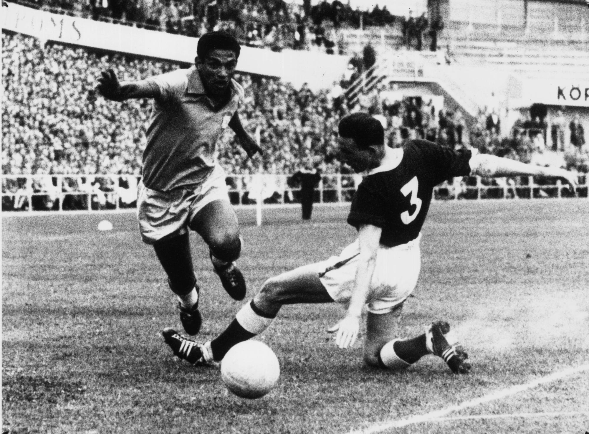 Останки популярного футболиста сборной Бразилии Гарринчи могли быть утеряны