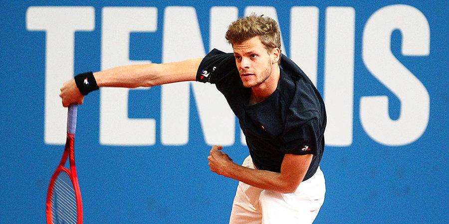 В Германии прошел первый теннисный турнир после приостановки сезона. Победителем стал 143-й номер рейтинга