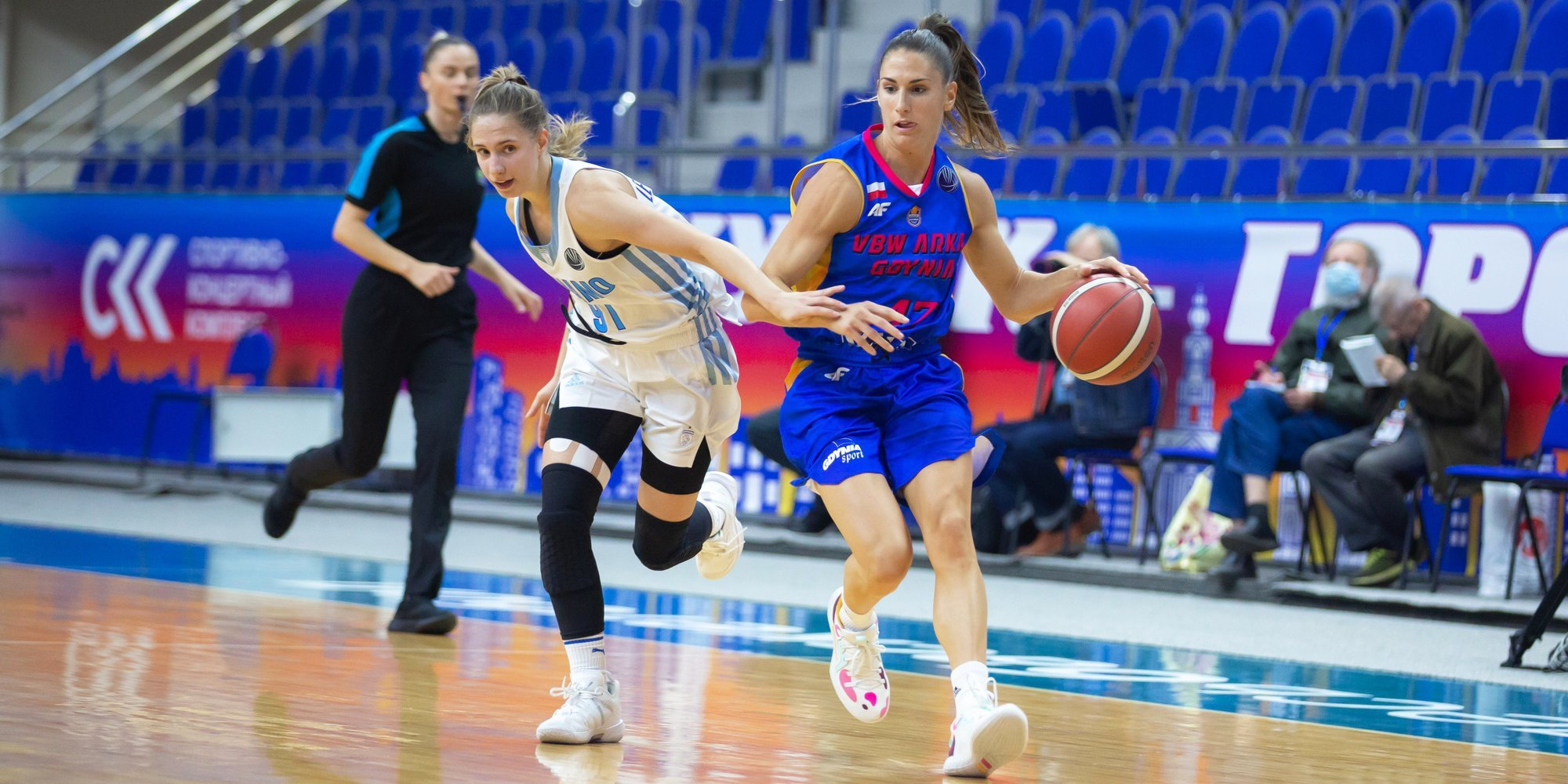 Баскетболистки курского «Динамо» стартовали в Евролиге с победы над польским клубом