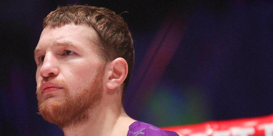 Минеев нокаутировал Пронина на турнире в Минске, Мохнаткин победил Маронхиу