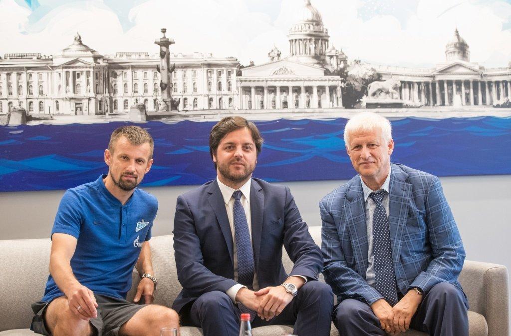 СМИ: Спортдир «Зенита» Рибалта заинтересовал «Парму»