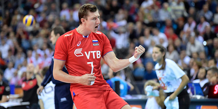 Российские волейболисты вышли в плей-офф ЧЕ с первого места