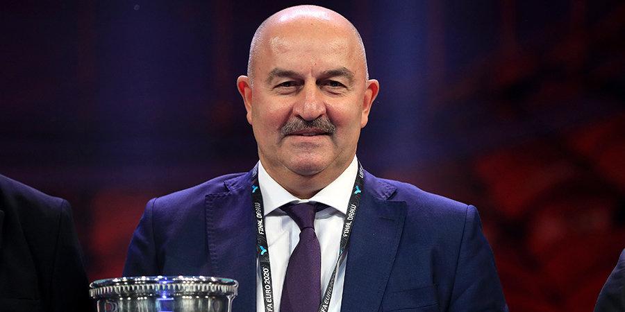 Черчесов рассказал, кто из полевых футболистов сыграет в воротах сборной в случае форс-мажора